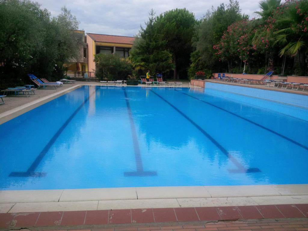 Das Wasser im 25-Meter-Pool ist leider nicht beheizt. (Foto: sic)