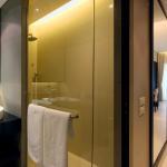 K1600_Deluxe Room - Bathroom (24)